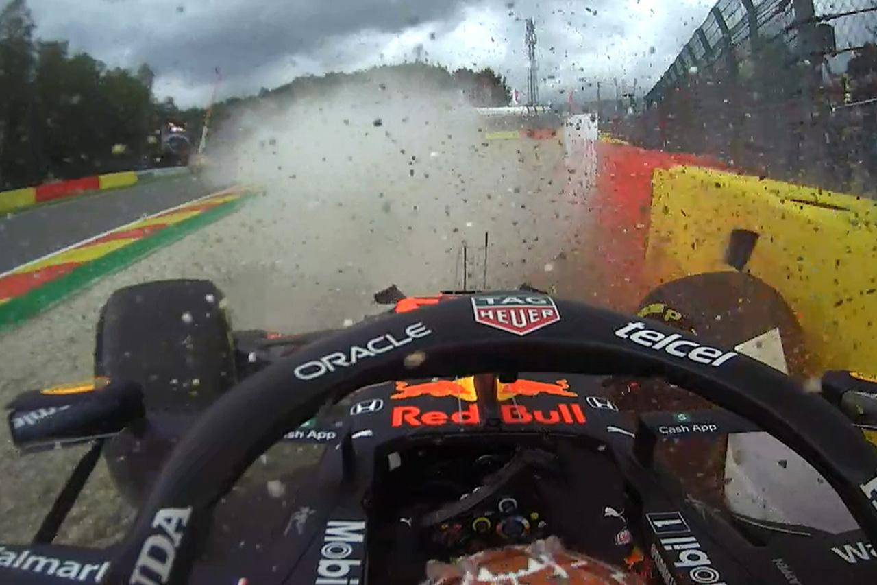 マックス・フェルスタッペン、クラッシュ時は古いエンジンとフロア / F1ベルギーGP 金曜フリー走行