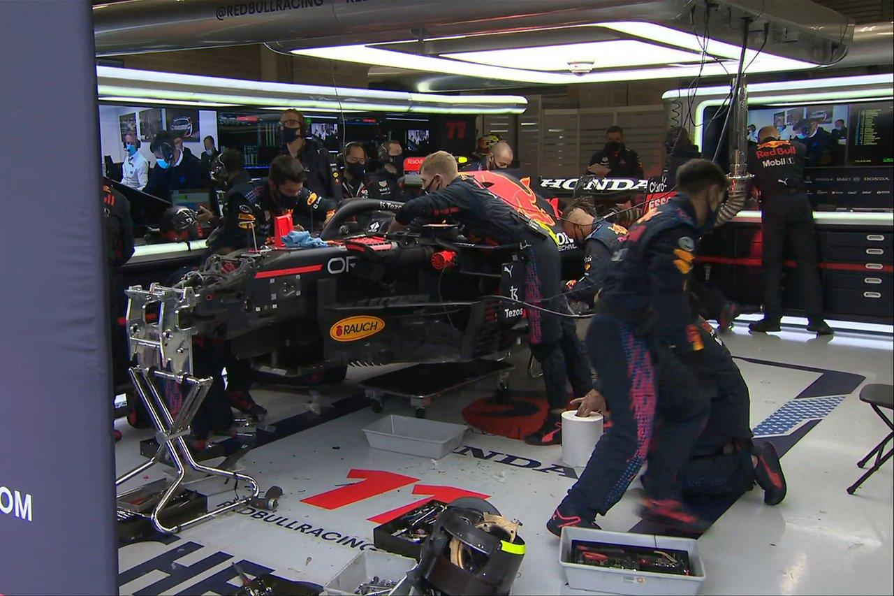セルジオ・ペレス、中断中にマシン修復が完了してレースに復帰へ / F1ベルギーGP 決勝