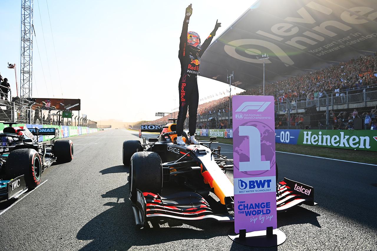 フェルスタッペン、初母国GPで優勝「必要な時に3秒の差を確保できた」 / レッドブル・ホンダ F1オランダGP 決勝