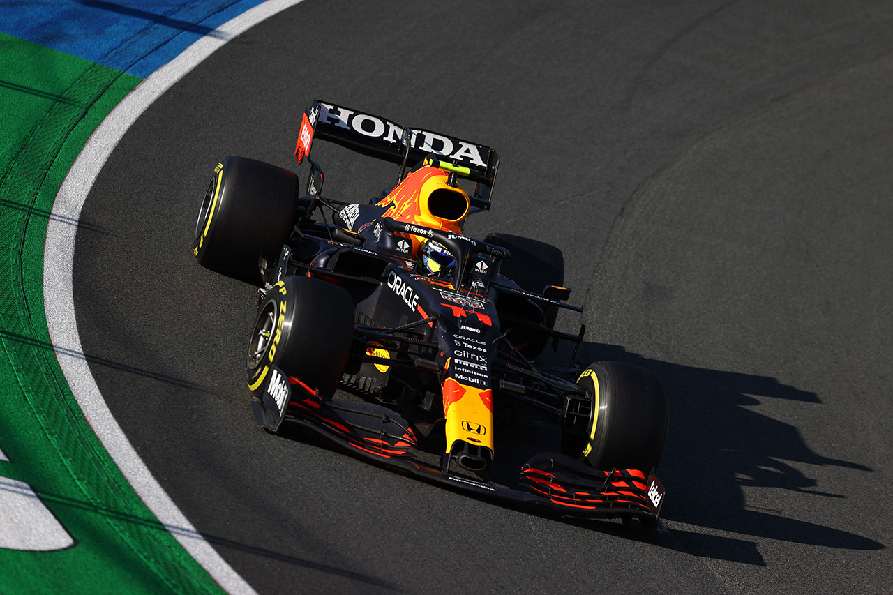 セルジオ・ペレス、8位入賞「どのオーバーテイクも限界まで攻めた」 / レッドブル・ホンダ F1オランダGP 決勝