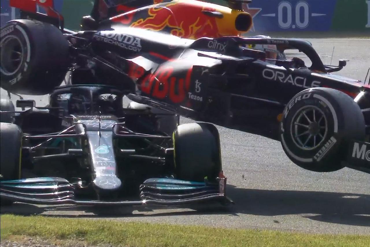 フェルスタッペンとハミルトンが接触で両者リタイア / F1イタリアGP