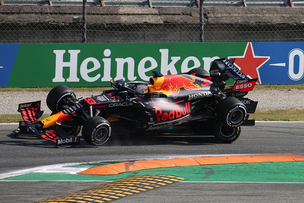 メルセデスF1 「レッドブルの反応はフェルスタッペの過失を認めた現れ」 / F1イタリアGP 決勝