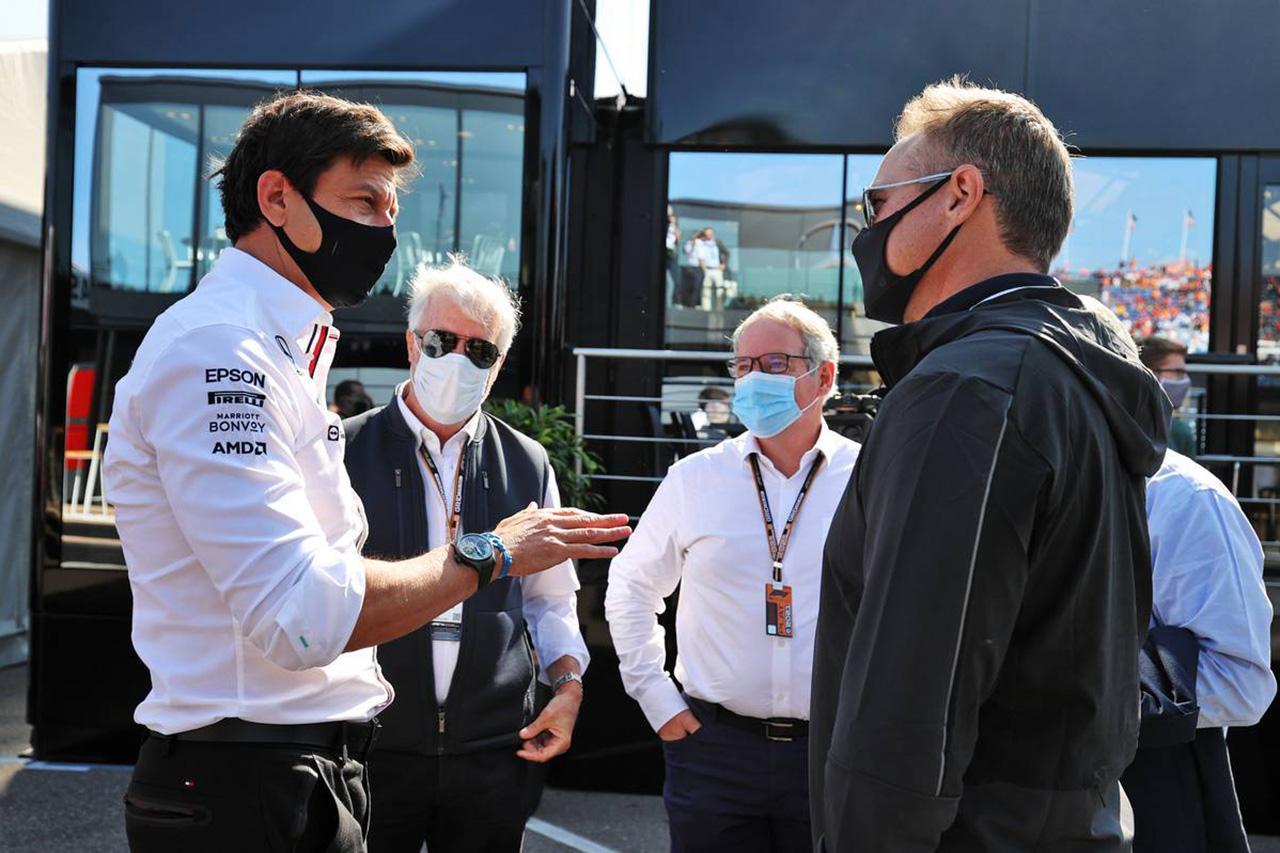 メルセデスF1 「フォルクスワーゲン参入のためなら妥協してもいい」