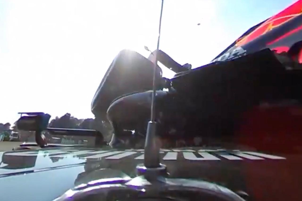 F1、フェルスタッペン/ハミルトンの事故時の360度車載カメラ映像を公開