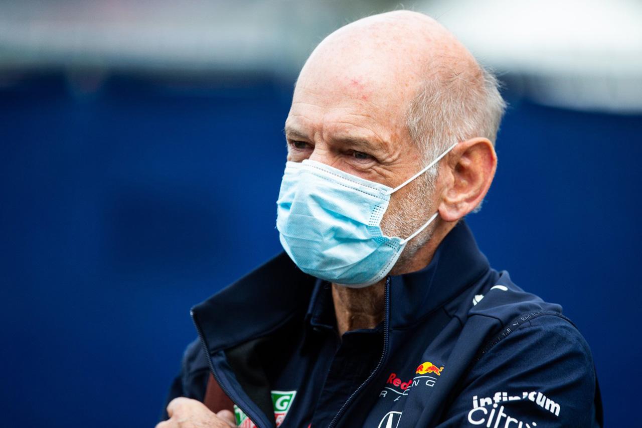 レッドブルF1、エイドリアン・ニューウェイとの契約を延長…アストンマーティンF1移籍の噂に終止符