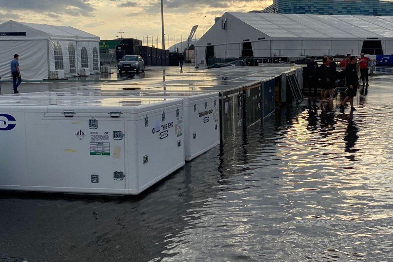 F1ロシアGP:大雨によるサポートパドックの浸水で週末に不安