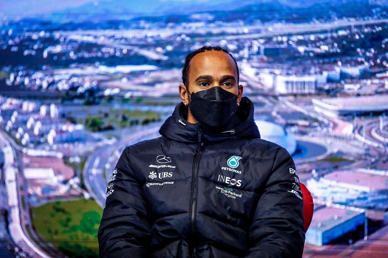 メルセデスF1代表 「ハミルトンはもう自分のコーナーは譲らない」