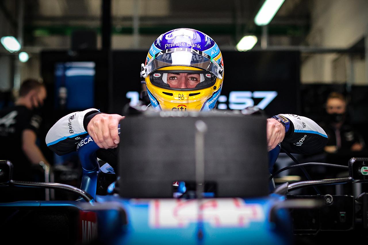 フェルナンド・アロンソ、6位入賞も「今日は実力で表彰台を獲れたはず」 F1ロシアGP 決勝