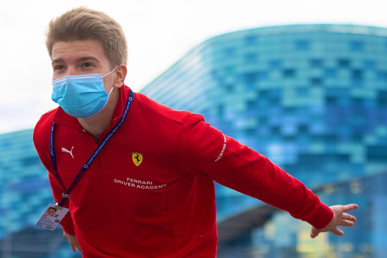 フェラーリF1育成のロバート・シュワルツマン、FP1で若手ドライバー走行の義務化を歓迎
