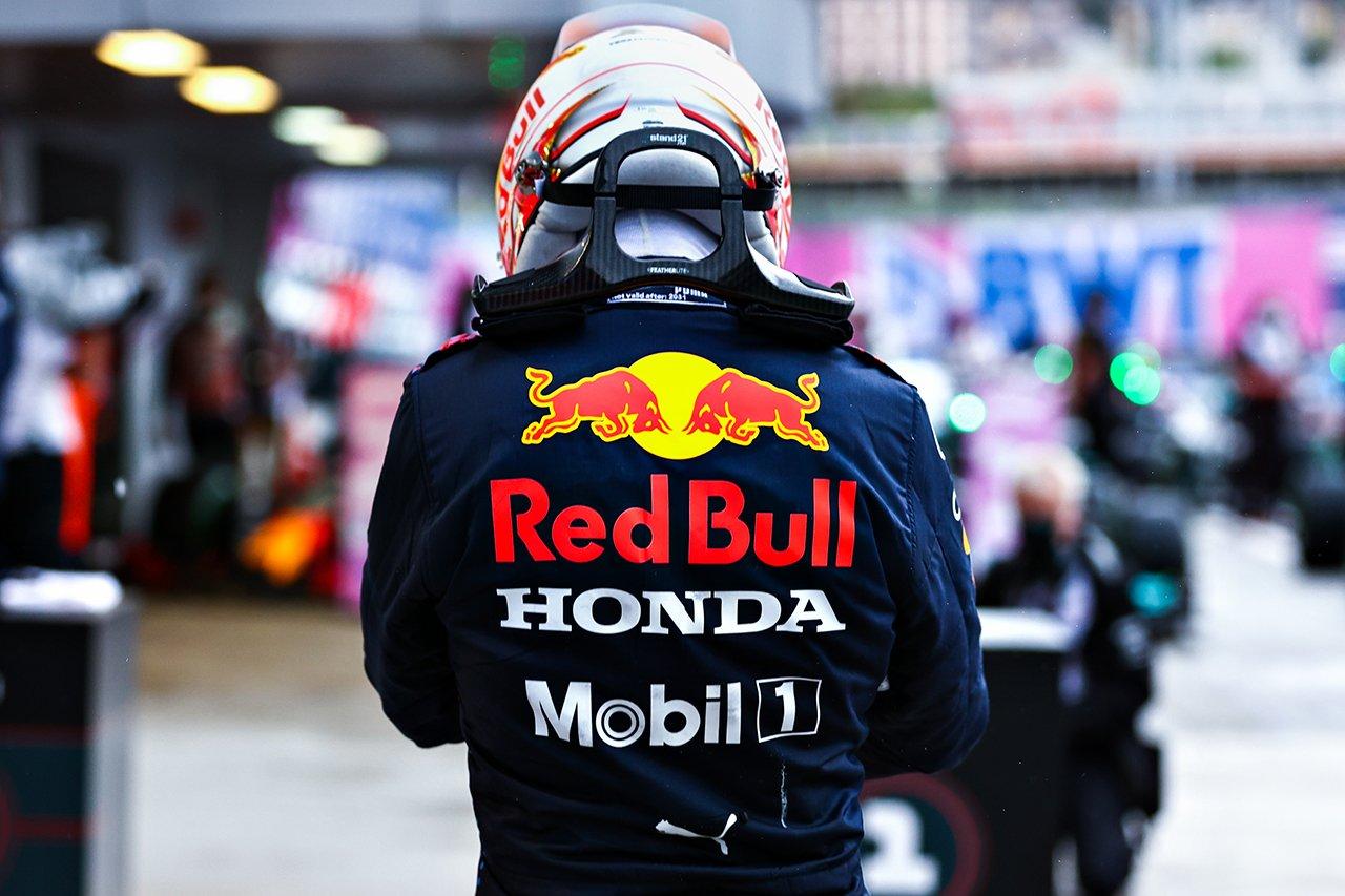 レッドブルF1代表 「ハミルトンは勝利よりもフェルスタッペンを見ていた」 F1ロシアGP 決勝