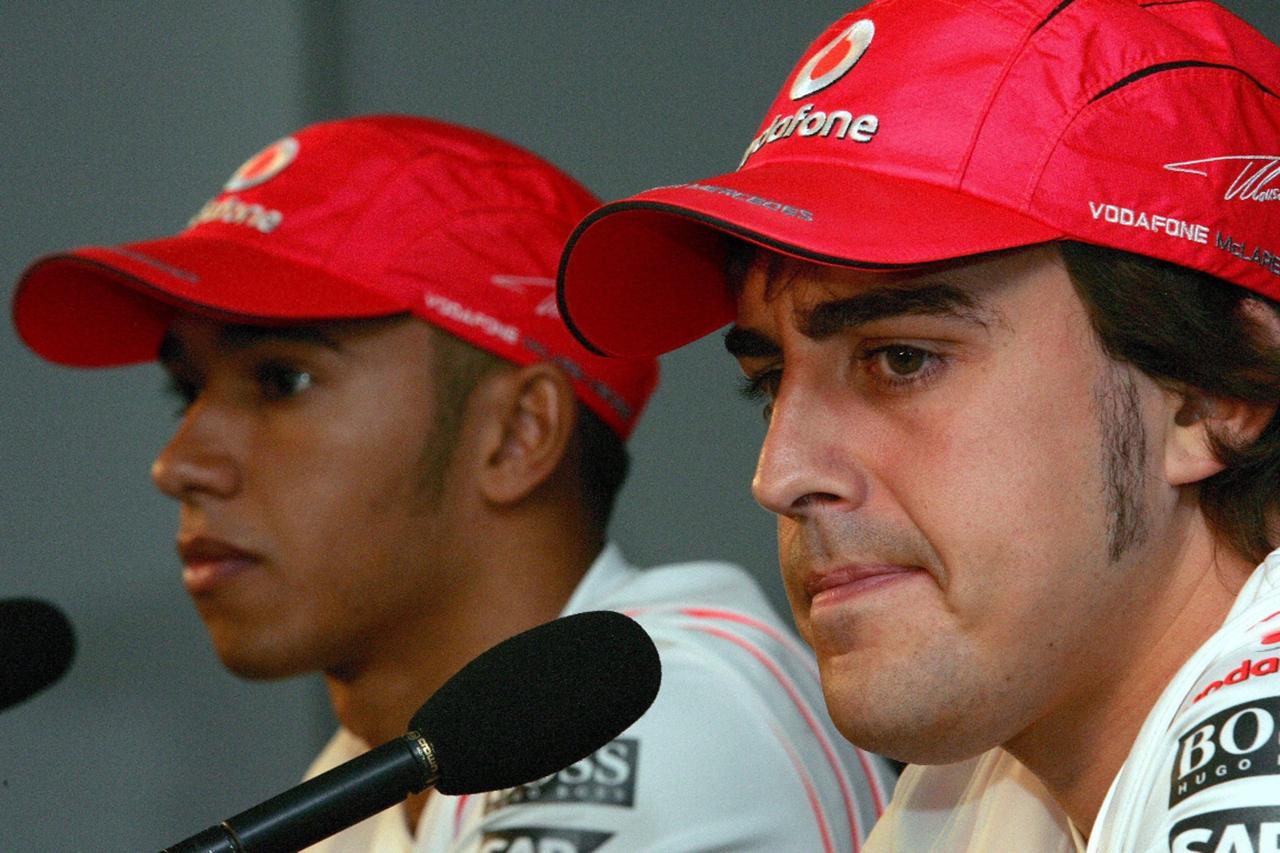 「アロンソはハミルトンからう挑戦を受けるなど想像すらできなかった」と元メルセデスF1責任者