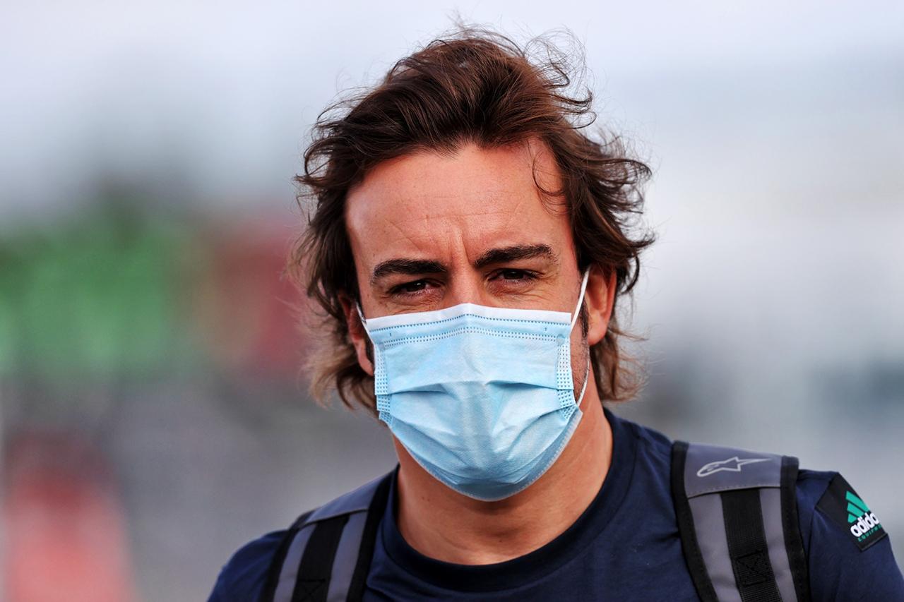 フェルナンド・アロンソ、F1を非難 「ドライバーごとにルールが異なる」
