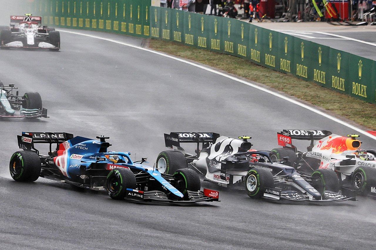 アレクサンダー・アルボン 「ガスリーのペナルティはおかしい」 F1トルコGP 決勝