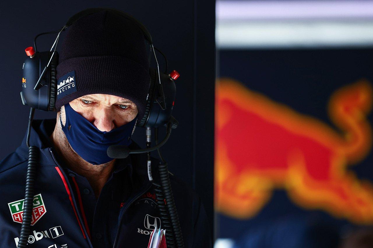 レッドブルF1:エイドリアン・ニューウェイ、不在の理由はバイク事故