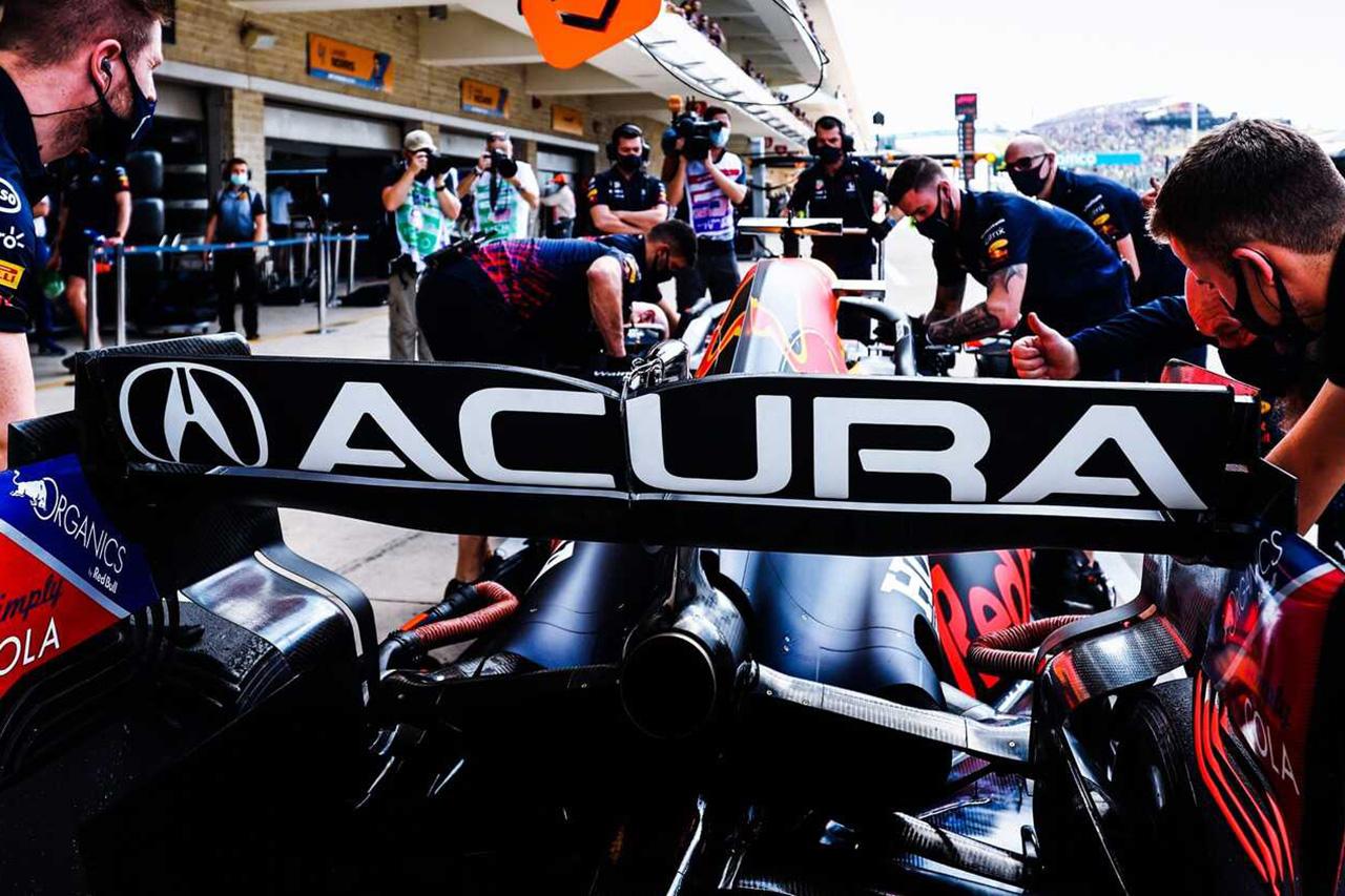 レッドブル・ホンダF1、予防措置でフェルスタッペンのリアウイングを交換 / F1アメリカGP